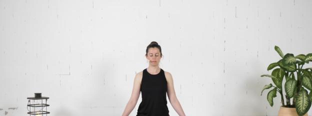 Laura Schomaker yogadocent