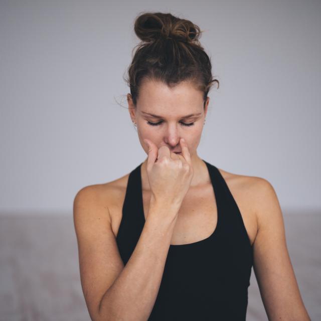 Ademhalingsoefeningen - Tula Yoga Online